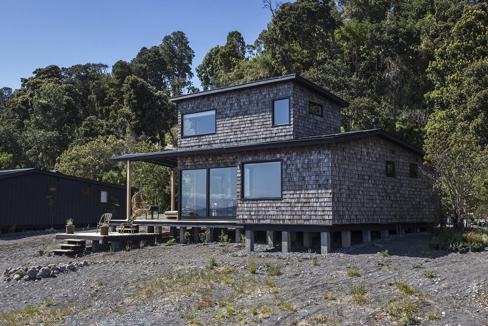 Foto de fachada de Cabañas Cala Melí